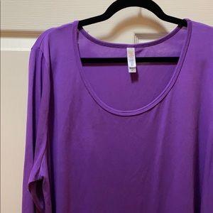 Long sleeve LuLaRoe Lynnae shirt in solid purple